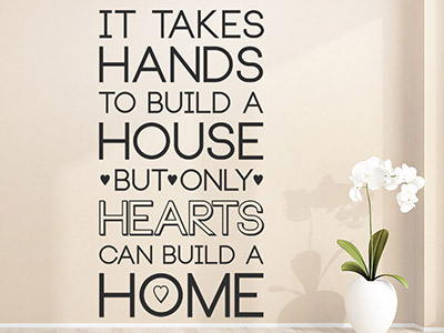 Wandtattoo Only hearts can build a home