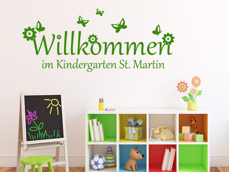 wandtattoo kindergarten willkommen mit wunschname. Black Bedroom Furniture Sets. Home Design Ideas