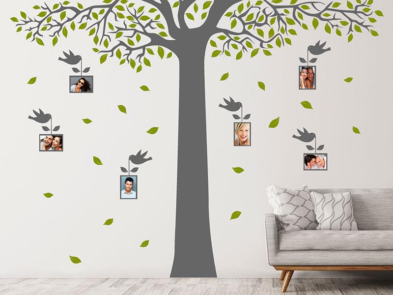 wandtattoo baum f r fotos mit v geln. Black Bedroom Furniture Sets. Home Design Ideas