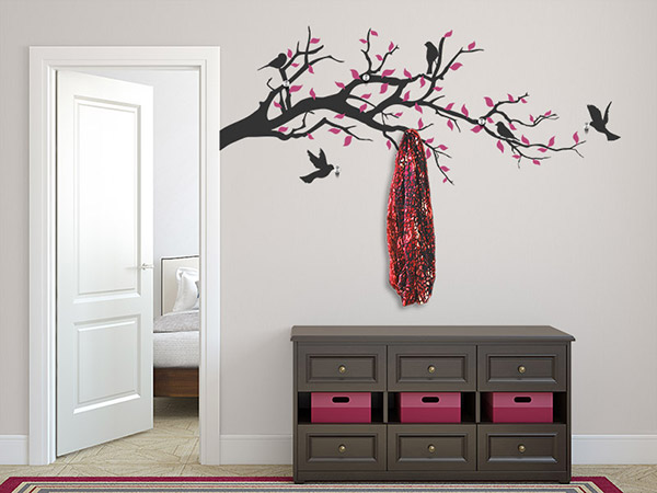 wandtattoo garderobe bunter ast mit v geln. Black Bedroom Furniture Sets. Home Design Ideas